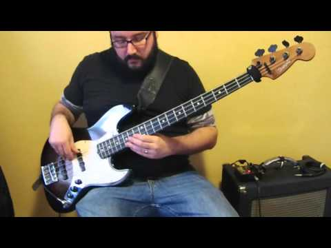Judas Priest - Breaking The Law (Bass Cover) - Heavy Metal Bass Lesson