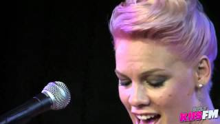 "Pink Video - 102.7 KIIS-FM: Pink ""Who Knew"" Live Acoustic"