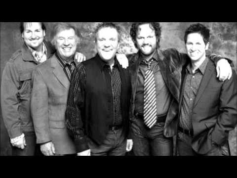 Gaither Vocal Band (david Phelps) - He's Alive video