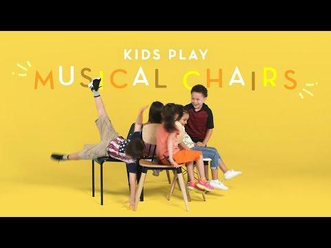 Kids Play Musical Chairs | Kids Play | HiHo Kids