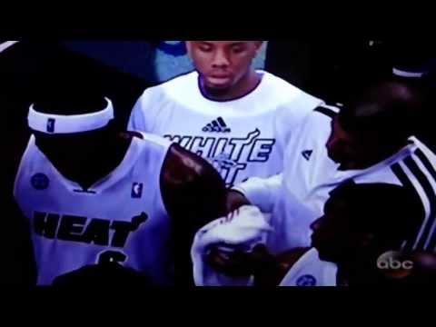 Shane Battier wipes down LeBron. What a teammate!