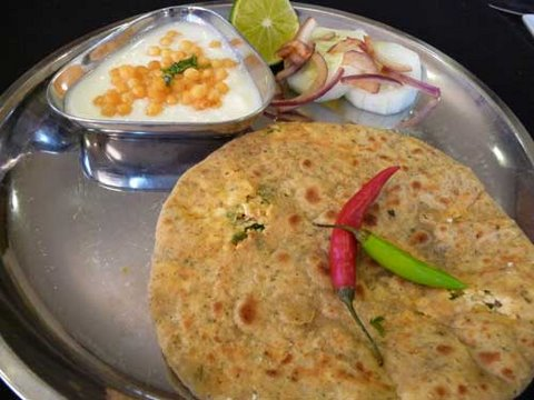 How To Make Paneer Paratha - Indian Stuffed Bread Recipe