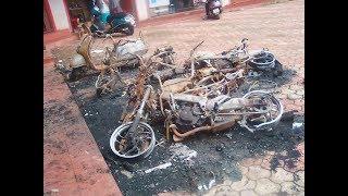 12 BIKES BURNT & 1 CAR DAMAGED IN KHAREBAND- MARGAO _Prudent Media Goa