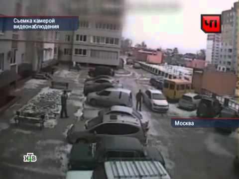 Девушка за рулем устроила 4 аварии за 1.5 минуты
