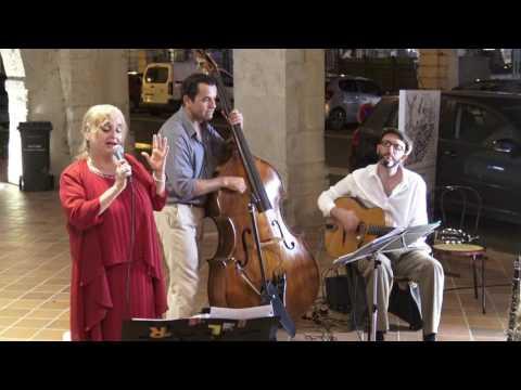 Que Sera, Sera; Christiane Mocco Quartet