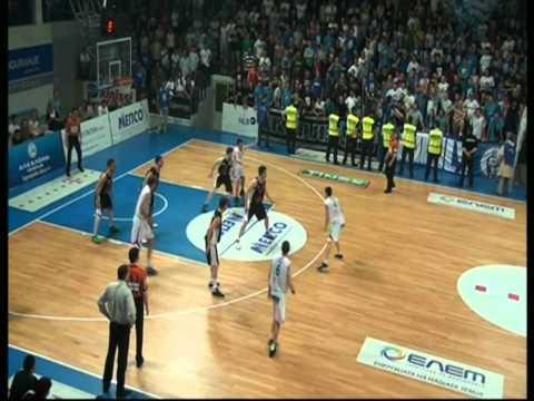 ��Т Скоп�е �е�од�ом 84-59 Ф��� �нд����и Финале на пле�о� -Т�е� на�п�ева� http://www.fibalivestats.com/matches/8416/05/48/01/46lOxaQuoayU/ MZT Skopje Aerodrom...