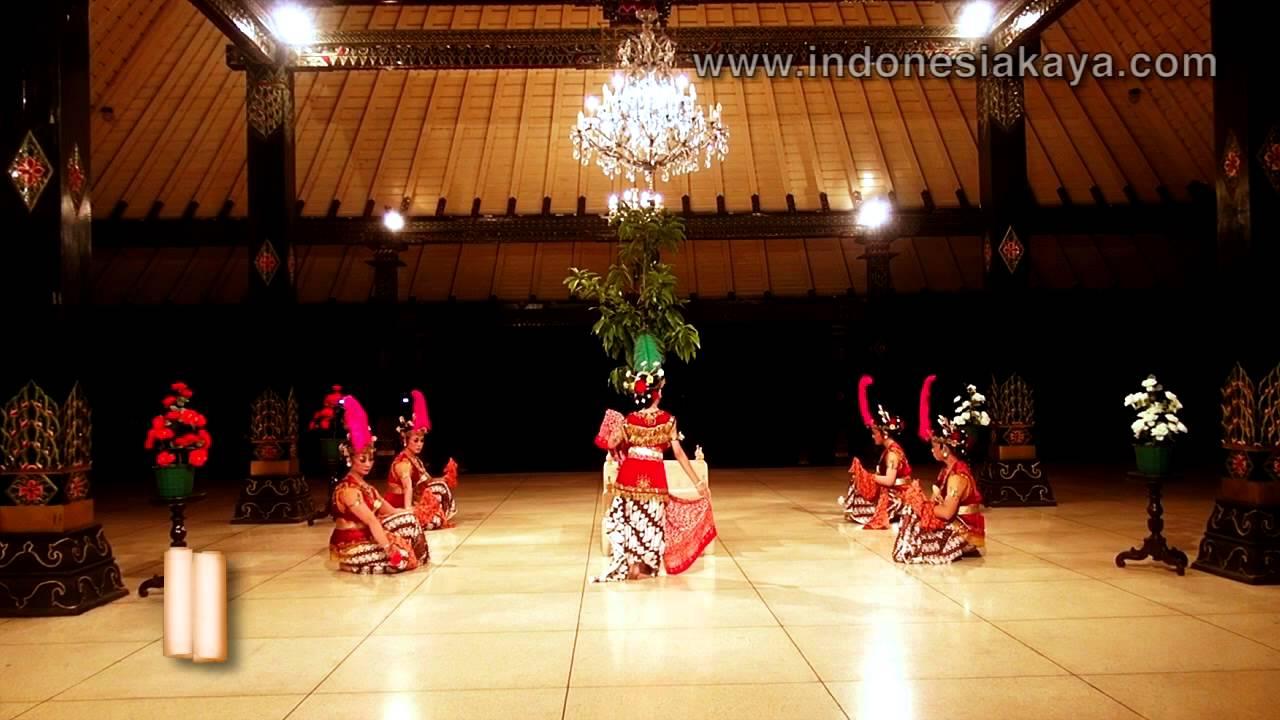 Tari Serimpi Yogyakarta Tari Serimpi Renggowati