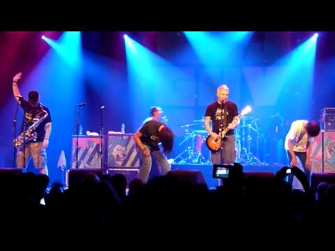 Help Save The Youth Of America From Exploding, by Less Than Jake (@ Melkweg, June 2009)
