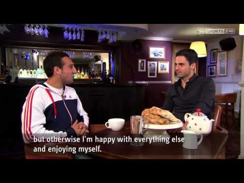 Santi Cazorla and Mikel Arteta have tea.