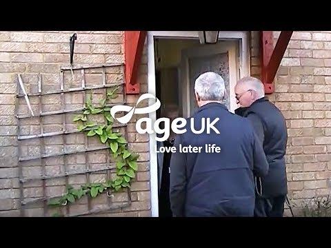 How Age UK Handypeople help older people in winter
