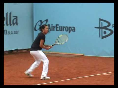 Vania King Madrid 2010 practice Video