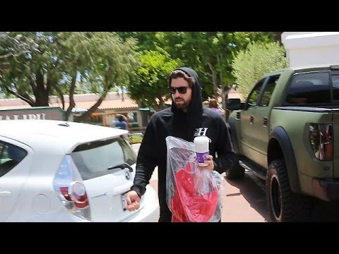PREMIUM EXCLUSIVE: Brody Jenner Shops For A Woman's Dress In Malibu