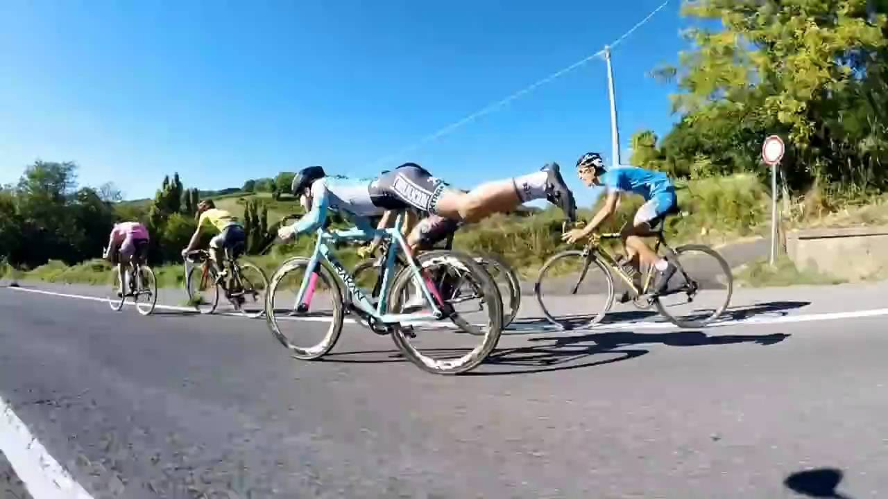 Skilful cyclist rides like Superman at crazy speeds