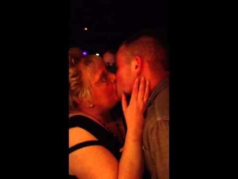 Granny Kisser video
