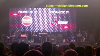 Download Lagu Dewa 19 Reuni Live at Jogja : Cukup Siti Nurbaya (Ari Lasso :