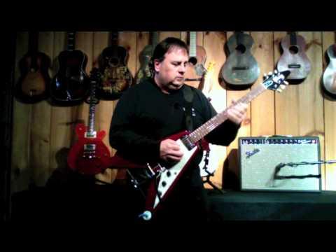 Garrett Park Guitars - 1994 Gibson Lonnie Mack Signature Flying V