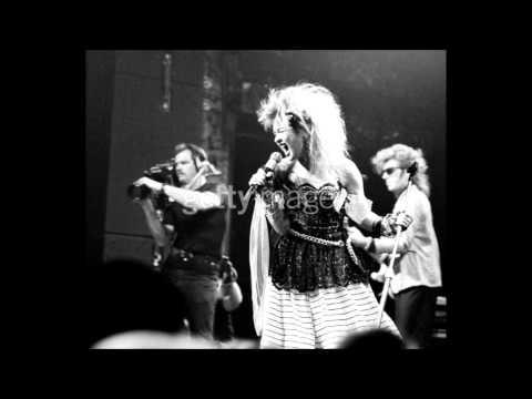 Cyndi Lauper - What a Thrill