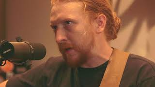 Creek Sessions: Tyler Childers - Banded Clovis