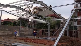 Lắp dựng xà gồ cho nhà kết cấu thép