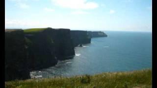 Watch Eric Bogle Plastic Paddy video