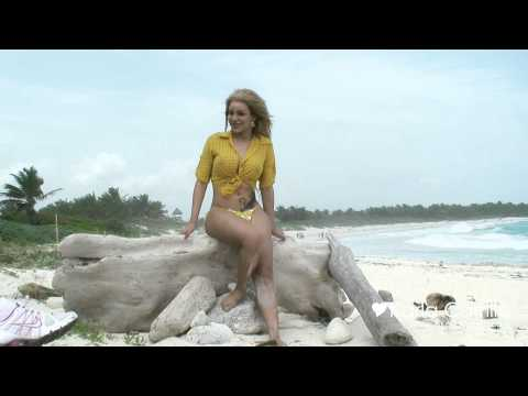 Hot Blonde Shemale At The Beach video