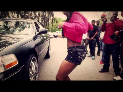 Cali Swag Distict- Twerk It ft Tee Flii (Official Music Video)