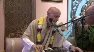 2012.10.28. Kirtan before SB ISKCON Riga, Latvia