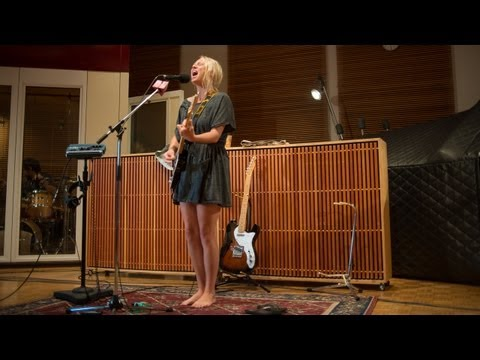 Lissie - Record Collector