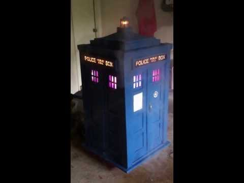 Recycled Tardis Jukebox!