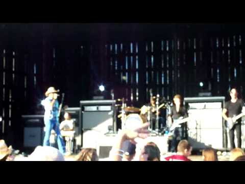 Jason Aldean- Dirt Road Anthem in St. Leonard, MD