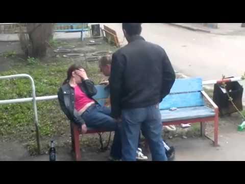 seks-pyanih-russkih-na-ulitse