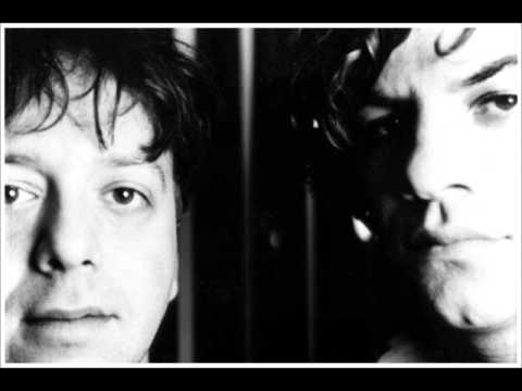 Ween  - Don't Laugh (I Love You) - 1999 Radio Session