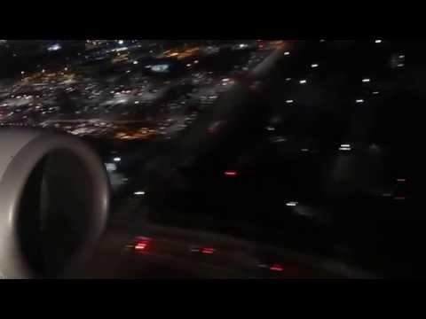 Landing at Los Angeles International Airport on American Airlines B737-800