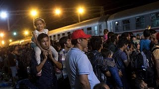 Migrant crisis: deepening disarray as Croatia comes under fire from neighbours