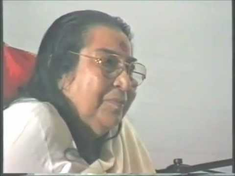 Powada Universe Sings (Sahaja Yoga) Shri Mataji Holland Park 2000 (after Self Realization) Marathi