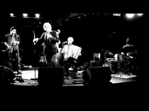 M.A.Numminen & Kusti Vuorinen & Black Motor - Minä soitan harmonikkaa (video Jyrki Kallio)