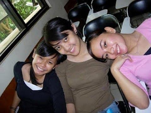 Chika Bandung... Peluklah Hati Ini video