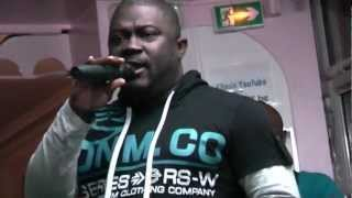 Joly Priso au Foufou Club Makossa vidéo