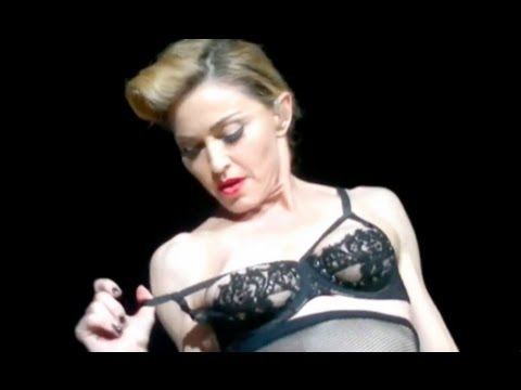 Madonna Nipple Flash in Concert to Muslim Audience