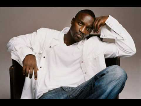 Akon - Moonshine (Feat Savage)