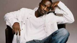 Watch Akon Moonshine video