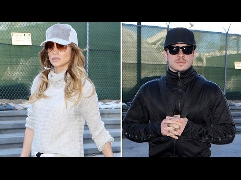 EXCLUSIVE - Jennifer Lopez's Boyfriend Casper Smart Tries To Start Fight With Pap