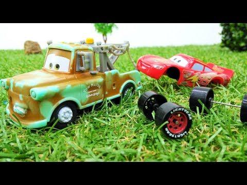 Игры с машинками - Молния Маквин - Тачки меняют колеса