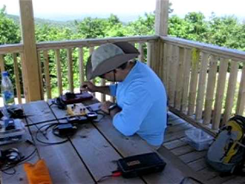 VE2/OU-001 SOTA Activation 7/23/11 - Eric working NS7P on 20M CW