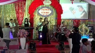 Gái Xinh hát đám cưới Vị Ngọt Đôi Môi