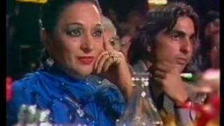 Manolo Escobar le canta a LOLA FLORES en su homenaje en 1985