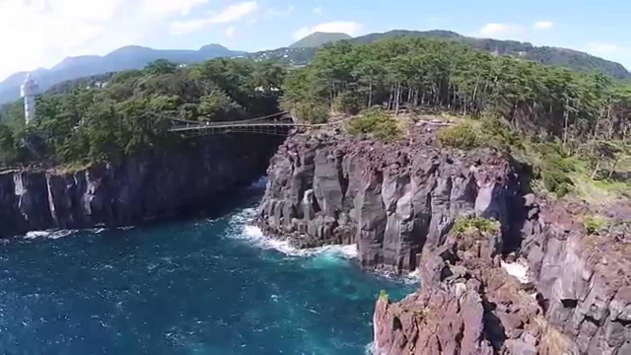 【伊豆空中散歩】城ヶ崎海岸 Jogasaki Coast - YouTube