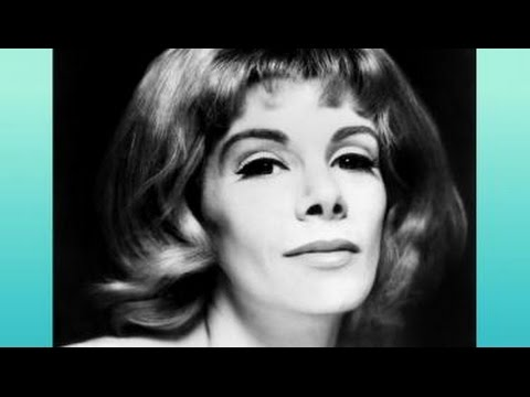 Remembering Joan Rivers | Larry King Now Ora TV