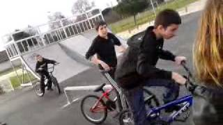 TRENDING FUN: Video gag bmx