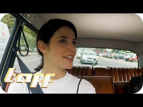 STARS IN CARS  mit ROBIN von HOW I MET YOUR MOTHER (Cobie Smulders) | taff | ProSieben